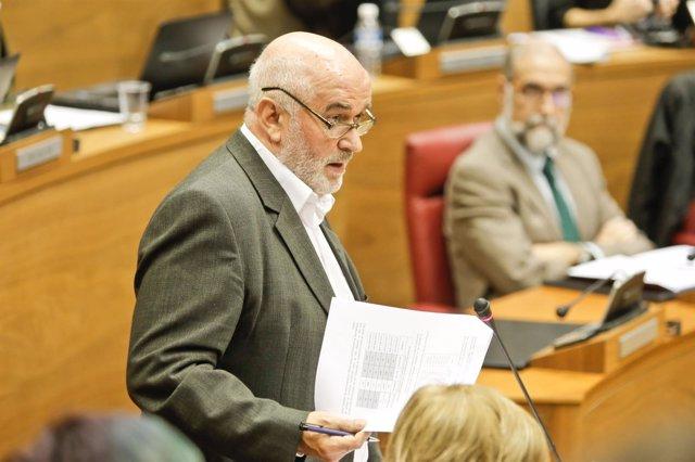 José Luis Mendoza.