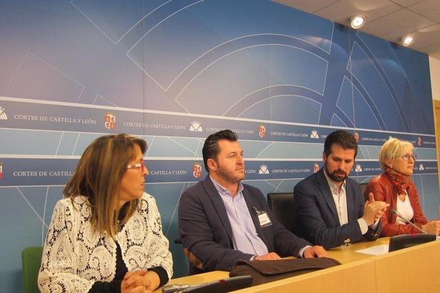 Valladolid. Reunión Luis Tudanca