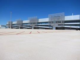 La Comunidad sacará a licitación el Aeropuerto Internacional de la Región antes de final de mes
