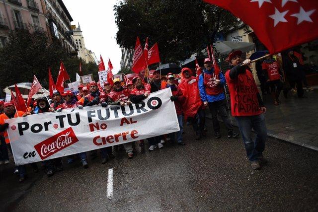Manifestación en Madrid contra el cierre de Coca-Cola