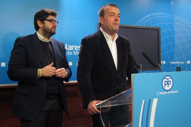 Iniesta y López Miras en rueda de prensa