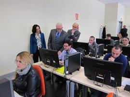 Sánchez Maldonado destaca la Escuela de Joyería como referente de innovación y especialización