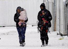 HRW denuncia presión de Bruselas a Grecia para expulsar a refugiados a Turquía sin garantías