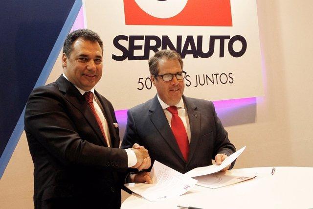 Firma de acuerdo Sernauto y la DGT
