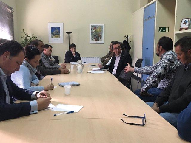 Reunión del PP sobre el laboratorio de sanidad animal de Aracena.