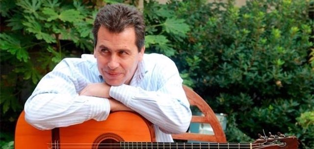 El músico y guitarrista Juan Diego Mateos