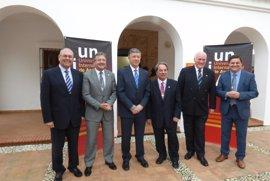 La Fundación Atlantic Copper, el Ayuntamiento de Palos y un catedrático de Arte, Medallas de Oro de la UNIA