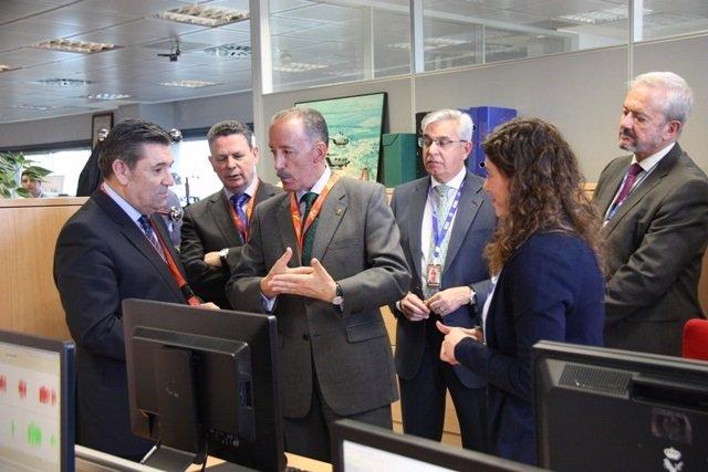 El director de la Guardia Civil se reúne con la UCO
