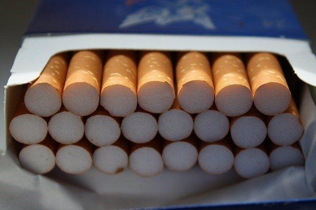 Tabaco, cajetilla, cigarrillos