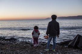 Save the Children denuncia un aumento de autolesiones y depresión entre menores refugiados en Grecia