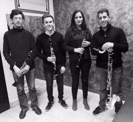 Los cuartetos de saxofones y clarinetes del Conservatorio 'Juan Vázquez' ofrecen un concierto el sábado