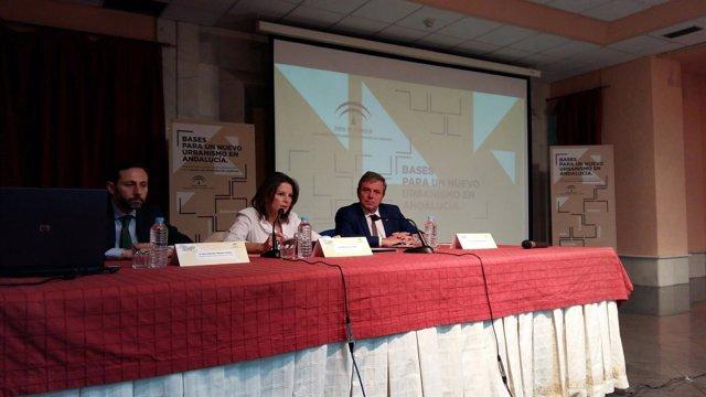 Inauguración de la jornada sobre la modificación de la LOUA.