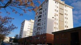 La Junta licita obras para mejorar 150 viviendas y una plaza pública en la barriada Arrayanes de Linares (Jaén)