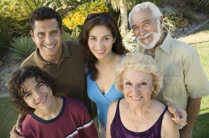 La pareja y sus respectivas familias