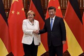 Merkel y Xi acuerdan sumar fuerzas para defender el libre comercio