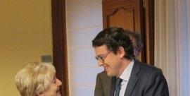 Fernández Mañueco, contrario a establecer una bicefalia entre Junta y partido con carácter general
