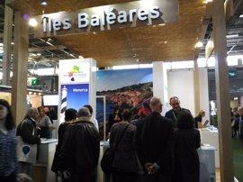 Baleares se presenta al mercado francés en la feria 'Salon Destinations Nature' de París