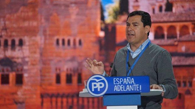 El presidente del PP-A, Juanma Moreno, en el Congreso Nacional