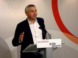 """El PSOE se muestra dolido por la """"pinza"""" entre PP y Podemos"""