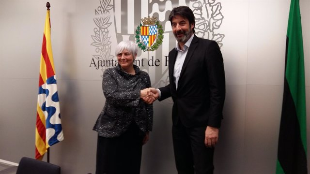 Jordi Villacampa, presidente del Joventut, con la alcaldesa de Badalona