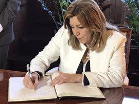 """Susana Díaz dice que el desarme de ETA confirma su derrota y pide """"prudencia"""" para constatarlo"""