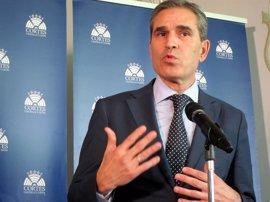 """Sanz Vitorio (PP) acusa de """"falta de cerebro"""" a Pablo Fernández por hablar del proceso interno 'popular'"""