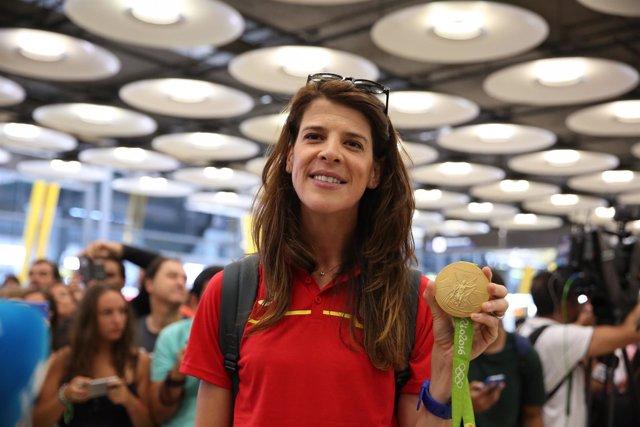 Ruth Beitia a su llegada a España procedente de Río de Janeiro