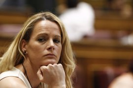 Zaida Cantera y otra diputada del PSOE cruzan duros mensajes en Twitter