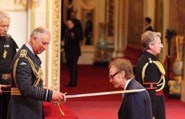 Ray Davies, nombrado Caballero del Imperio Británico por el Príncipe Carlos