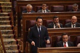 """El PSOE subraya que el desarme de ETA """"llega tarde"""" y que aún falta su disolución """"definitiva"""""""