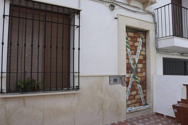 Desalojo vivienda en Estepa