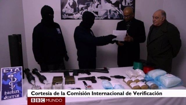 Verificadores de ETA dicen que ETA ha sellado armas y explosivos