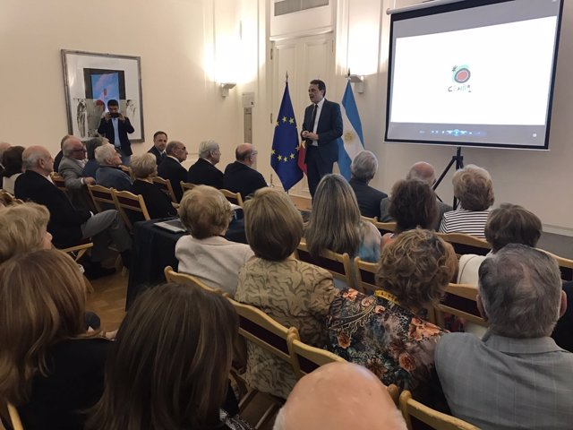Alcalde Ortiz con empresas turísticas argentina torremolinos turespaña promoción