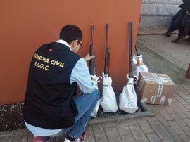 """Detenido en Tomiño un """"experto artesano"""" que tenía un taller clandestino de reparación de armas"""