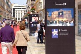 La calle Larios de Málaga muestra los 20 años del Festival de Cine