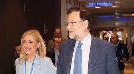 """Rajoy pide a los afiliados del PP de Madrid """"unidad"""" bajo el liderazgo de Cifuentes porque """"es lo justo"""""""