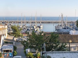 El Ayuntamiento de Marbella respalda que la Junta haya recuperado el puerto de La Bajadilla