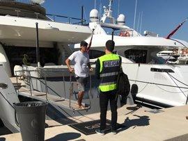 La Policía Nacional aumenta las inspecciones en puertos deportivos de Mallorca