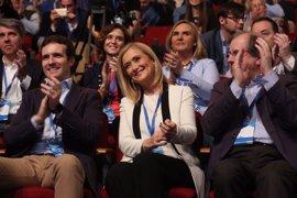 """Cifuentes, """"deseando que acabe el Congreso"""" para trabajar por un PP """"más fuerte"""" y """"recuperar el Ayuntamiento"""""""