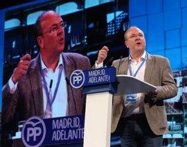 """Monago alaba que Cifuentes """"no toree"""" los problemas """"con la puntita"""" y ataca el modelo del PSOE en el sur"""