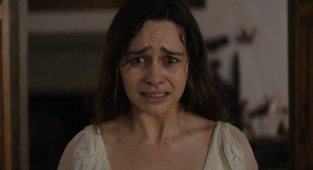 Emilia Clarke en Voice from the Stone