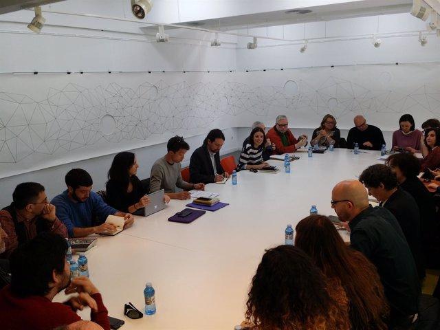 Dirigentes de Podemos se reúnen en el grupo Rumbo 2020