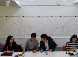 Iglesias insta al Gobierno a acercar a los presos de ETA una vez se verifique el desarme