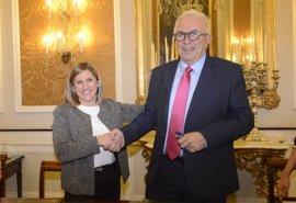 Junta y Diputación impulsan la adhesión de ayuntamientos de Cádiz a la plataforma MOAD