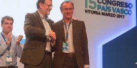 """Rajoy dice que la posición """"última"""" del Gobierno ante el desarme será """"aplicar la ley"""""""