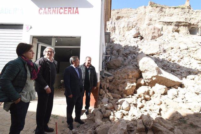 Visita de la Diputaicón al muro de la Alcazaba derruido en Zújar