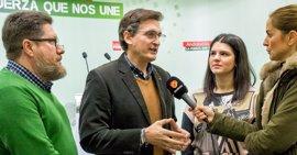 """PSOE critica la """"pérdida de tiempo y dinero"""" a la que el PP ha sometido el proyecto del AVE en Almería"""