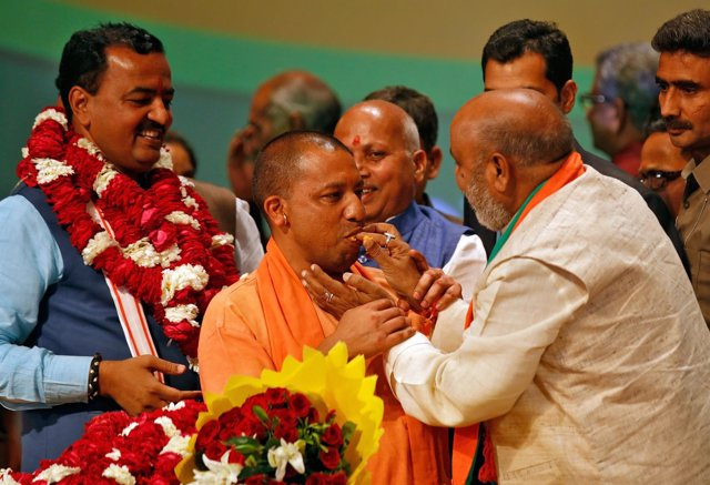 El líder del BJP en Uttar Pradesh, Yogi Adityanath
