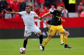 Atlético y Sevilla pugnan por la tercera plaza