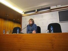 """Ripa (Podemos) cree que el PP asturiano es útil """"para que Javier Fernández siga traicionando a sus votantes"""""""
